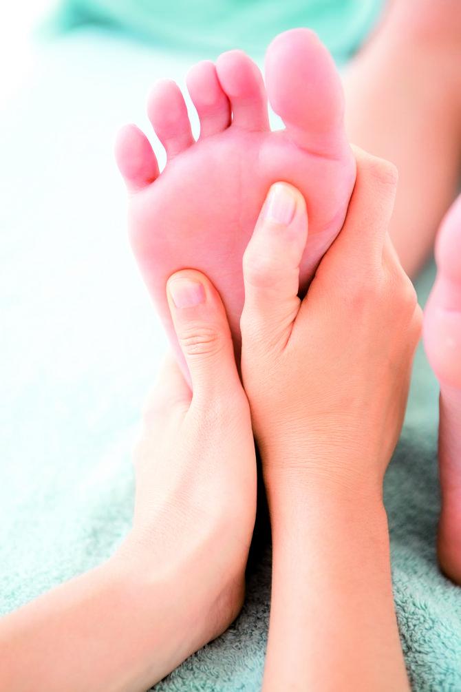 Blaga masaža tačaka na stopalima