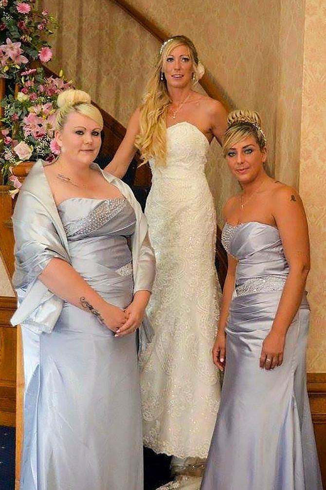 Posebno su morali da šiju haljinu za nju, jer nije bilo broja