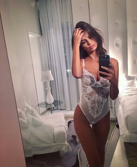 SAMO ZA 18+ Glumica zaprepastila sve, osvanula njena fotografija na kojoj je potpuno gola! FOTO