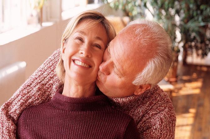 Naučnici tvrde: Menopauza nije kraj! Žene će i dalje imati menstruaciju i moći će da rađaju