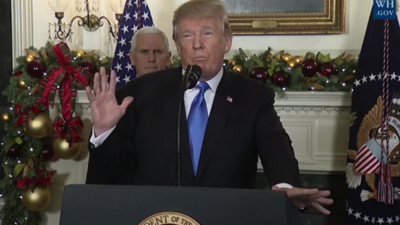 Jó bőrben van Trump, csak száraz volt a torka