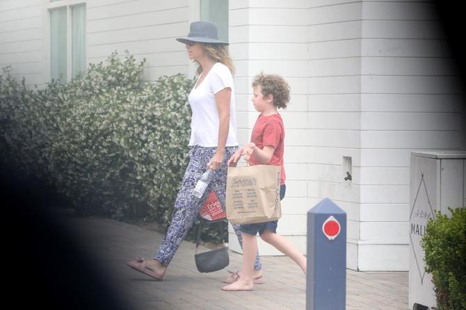 Mini Drajver sa osmogodišnjim sinom Henrijem