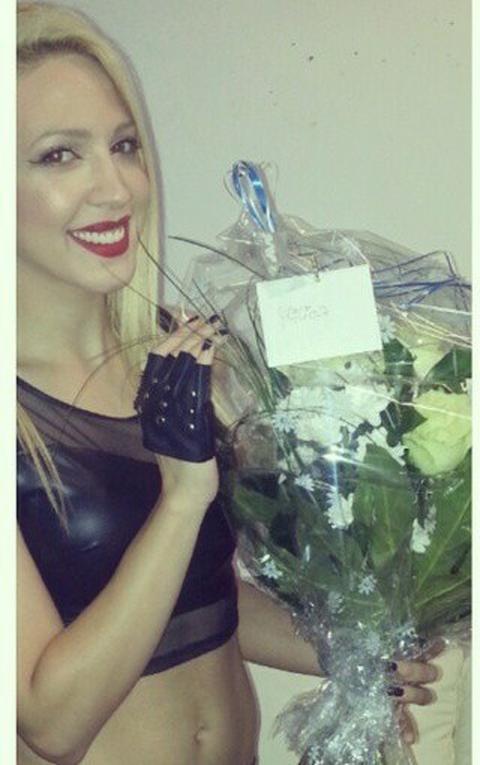 Milicu Todorović sačekalo cveće u garderobi! FOTO
