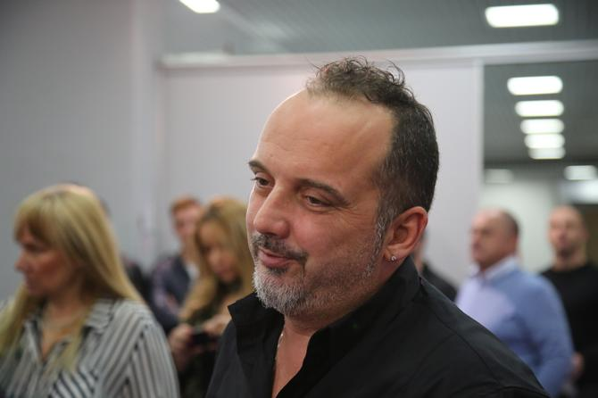 Poznati pevač: Toni Cetinski