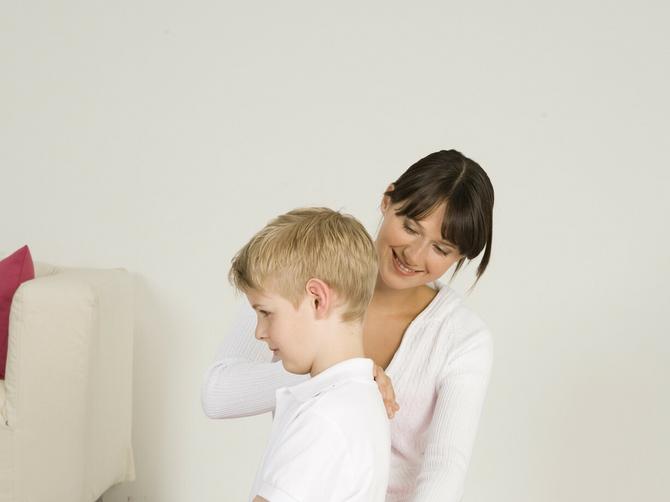 Kako da dete ima zdravu kičmu: Na SLEDEĆE obratite pažnju
