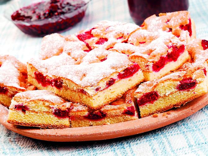 Zasladite se kao Zlatiborci: Starinski kolač s malinama
