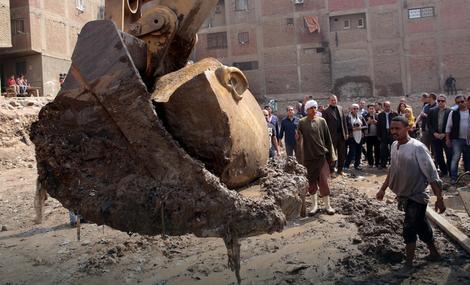Misli se da je u pitanju statua Ramzesa II