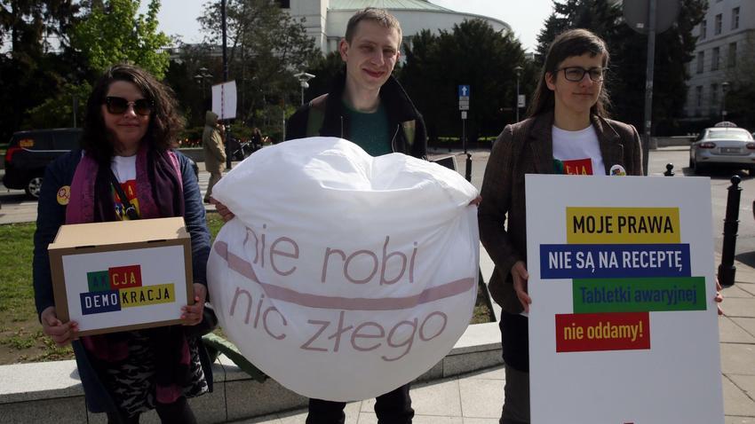 PiS idzie na wojnę z kobietami?! Skandaliczne sceny w Sejmie