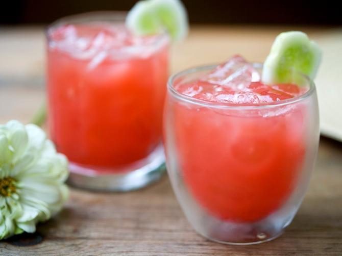 Osvežavajuće piće od krastavca i lubenice
