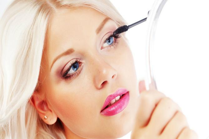 Da li znate čemu služe trepavice i obrve? Nisu samo za šminkanje!