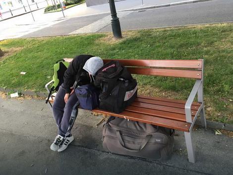 Spavanje na klupi u Beč