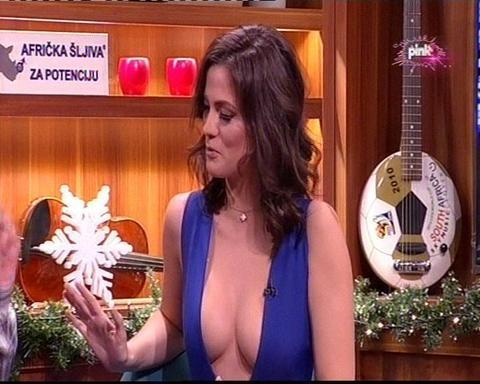 Grudi Milice Pavlović privukle pažnju evropskih portala!