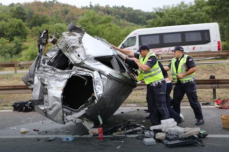 U nedelju su u dve nesreće poginule dve osobe