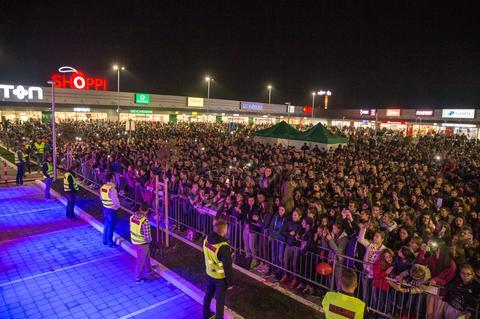Pogledajte šta je to okupilo 30.000 ljudi u Borči