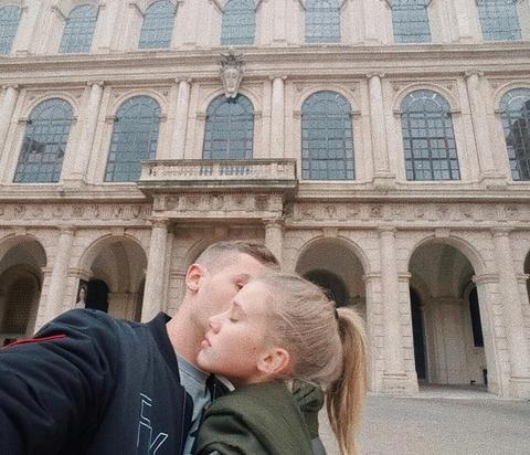 SRPSKI GLUMAC KRIJE DEVOJKU: A onda ih odala jedna fotografija na njenom Instagramu