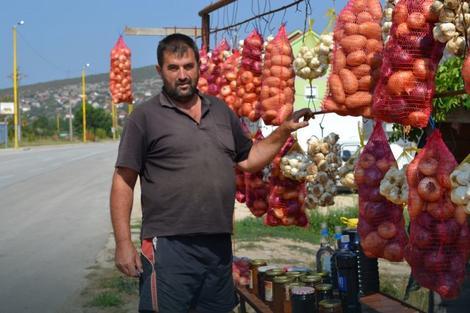 Jovo Lečić prodaje i rakiju