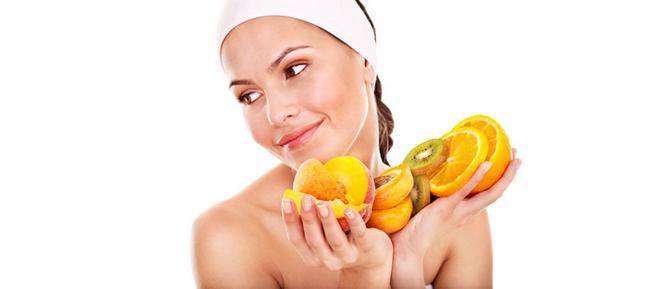 29892_shutterstock-girl-w-fruit