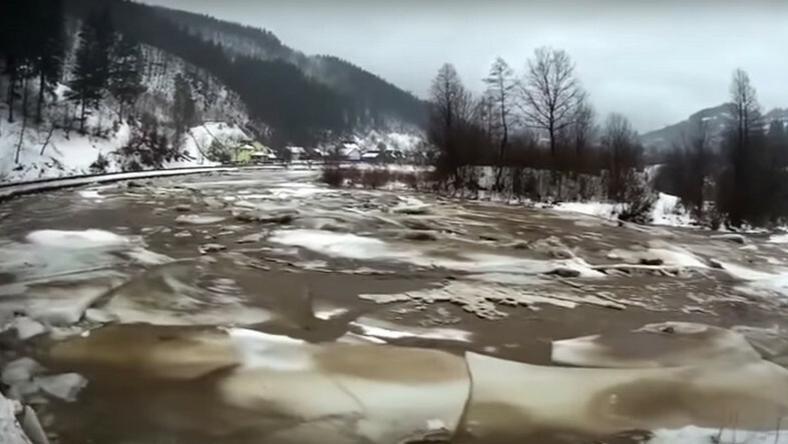 A Tiszán régen láttak ilyen jégzajlást