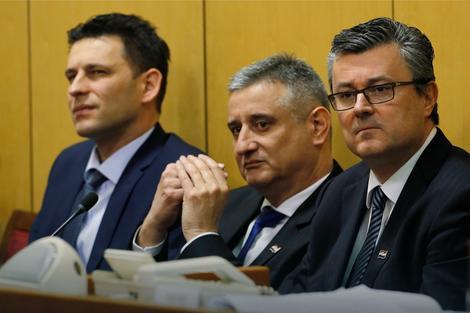 Božo Petrov, Tomislav Karamarko i Tihomir Orešković
