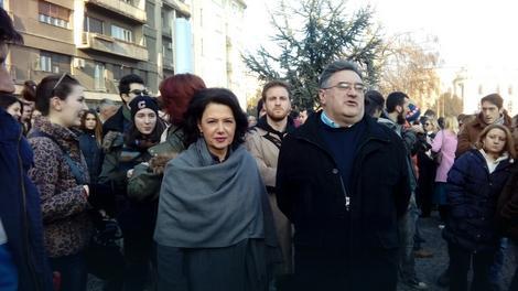 Dr Sanda Rašković Ivić i analitičar Đorđe Vukadinović