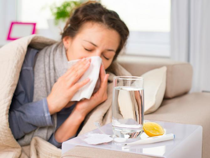 Lekar savetuje: Kada krene kijavica i temperatura garantovano pomažu ovi DOMAĆI LEKOVI