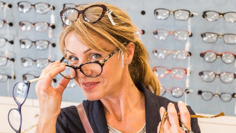Nem kell megválnunk az imádott szemüvegünktől  Javítsuk meg! - Blikk ... 1ca3bff64d
