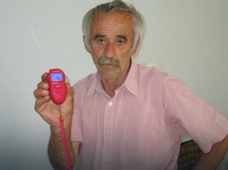 Domaćin Milentije izmerio 36 stepeni Celzijusovih u kući