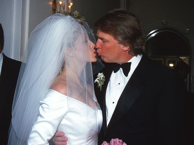 O Melaniji i Ivani ceo svet priča: Retko ko zna kako DANAS izgleda OVA BIVŠA supruga Donalda Trampa!