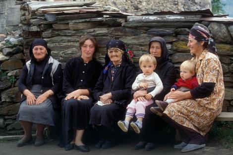 Kavkasci jedu niskokaloričnu hranu