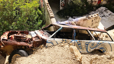 Cmentarzysko aut na Ibizie