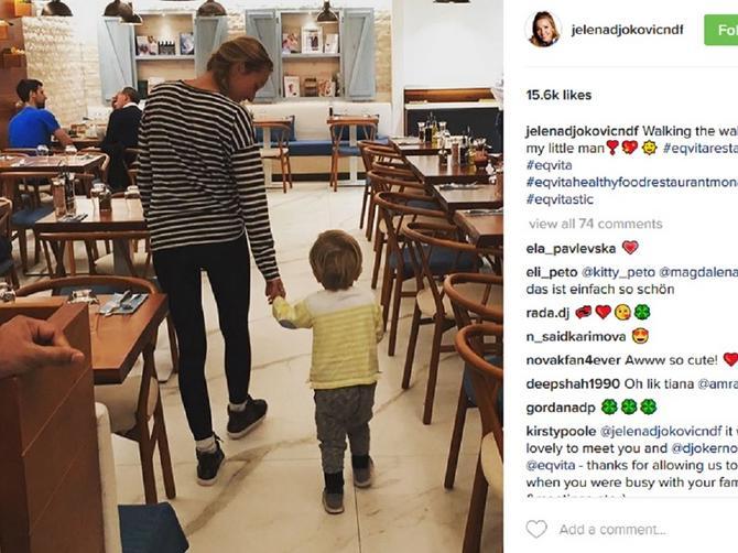 Jelena u šetnji sa svojim malim muškarcem: A iza njih je još jedna VAŽNA FACA!