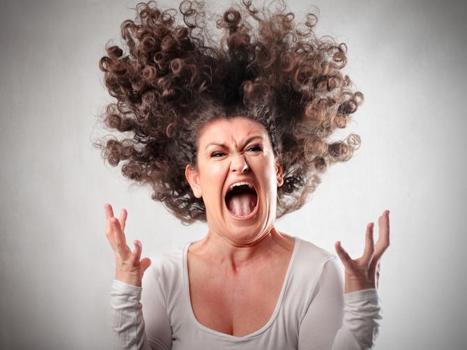 I vi postanete monstrum kada vas drma PMS? Ja sam kreten na kvadrat
