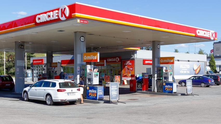 marka circle k zast�pi logo statoila na stacjach benzynowych