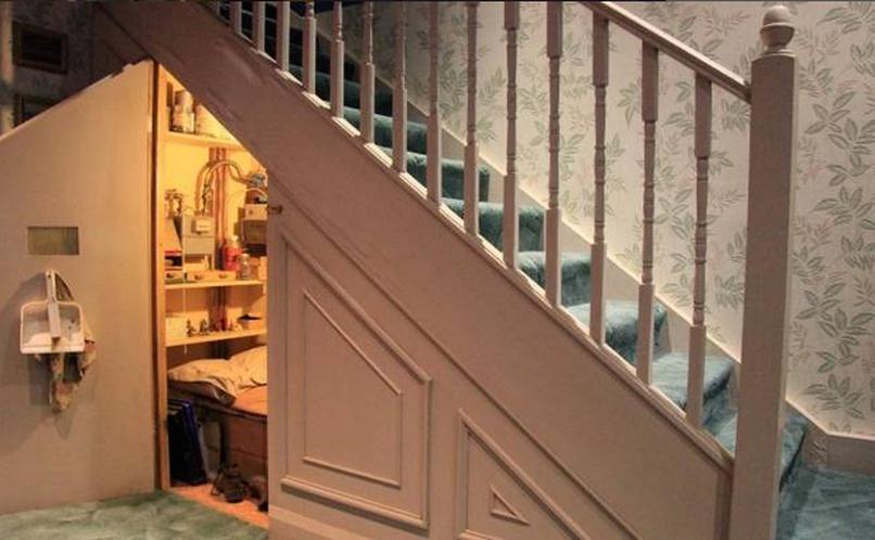du kannst jetzt harry potters original zimmer mieten. Black Bedroom Furniture Sets. Home Design Ideas
