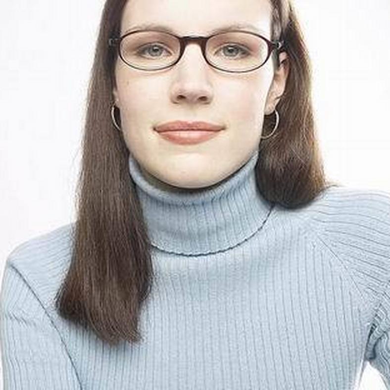 Arcformálás szemüveggel. 5721 60087-szemuveg0-d0000F3FC9d1668955e73 02a148f588