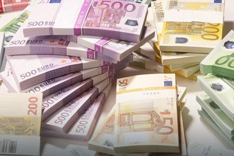 Osumnjičeni referent D. J. kaže da je lažnih 10.000 evra sam uneo u banku