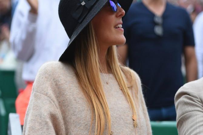 Jelena uvek bira skroman stil: A ovog puta na njoj je SITNICA vredna 3.200 evra - možete li da pogodite šta je u pitanju?