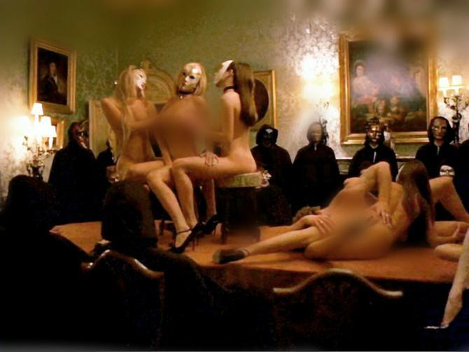 Otišla sam na seks žurku za londonsku elitu: Svi oko mene su imali seks, svi!