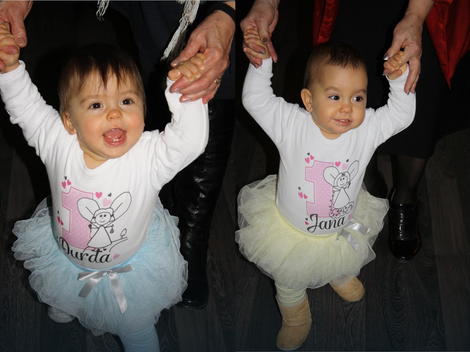 Đurđa i Jana proslavile prvi rođendan