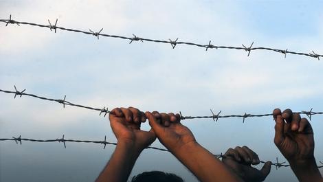 Migranti iz Srbije pokušavaju da se dokopaju Mađarske ali bezuspešno