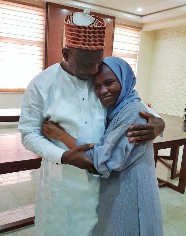 Zainab Habib Aliyu who was detained for more than 4 months, by the Saudi Arabian government over alleged drug trafficking, has returned to Nigeria. [Twitter/@AhmadAhmaad]