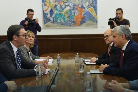 Aleksandar Vučić i Dagfin Hејbroten
