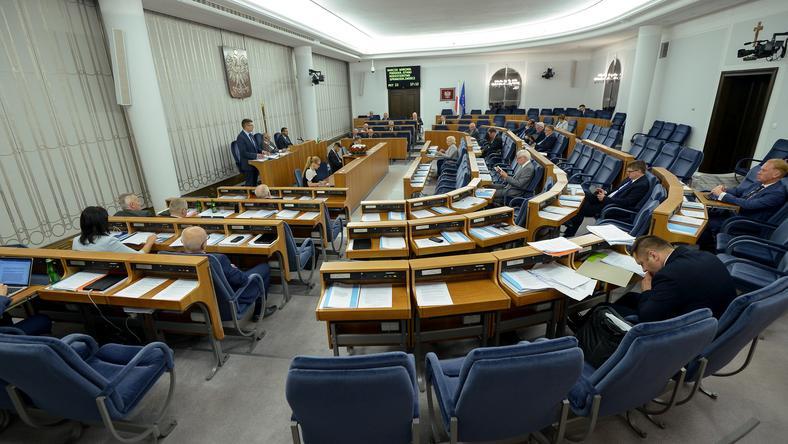 Senat zakończył debatę nad nowelizacją ustawy o ustroju sądów powszechnych