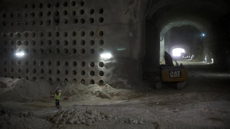 Hátborzongató képek: 22 ezer ember sírja lesz ez a barlang