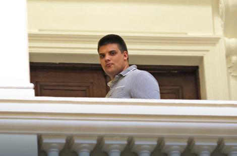 Сыну Воислава Шешеля запретили въезд на территорию Украины