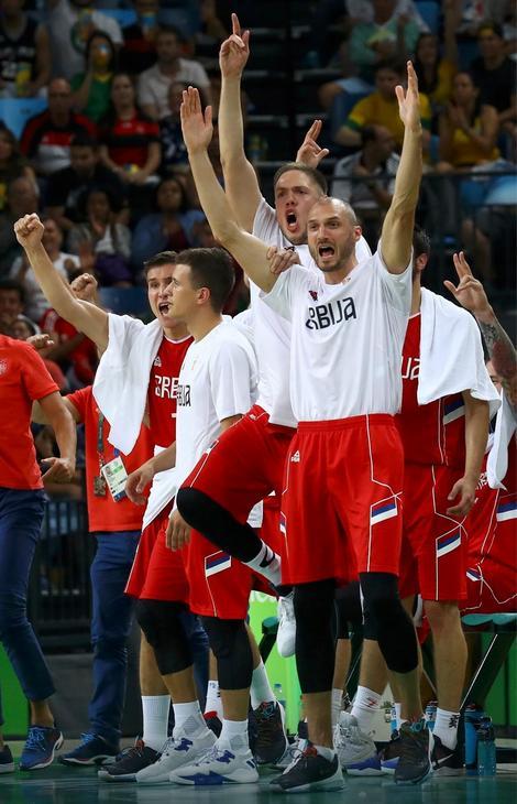Radost naših košarkaša na meču sa Hrvatskom