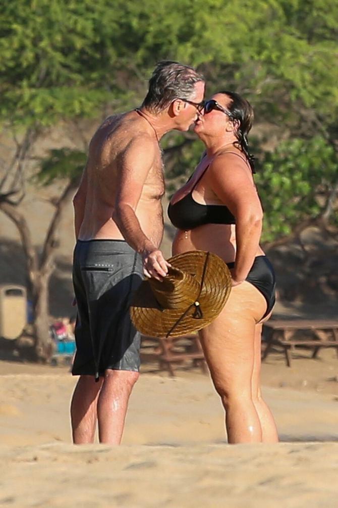Pirs Brosnan i njegova supruga Keli Šej Smit
