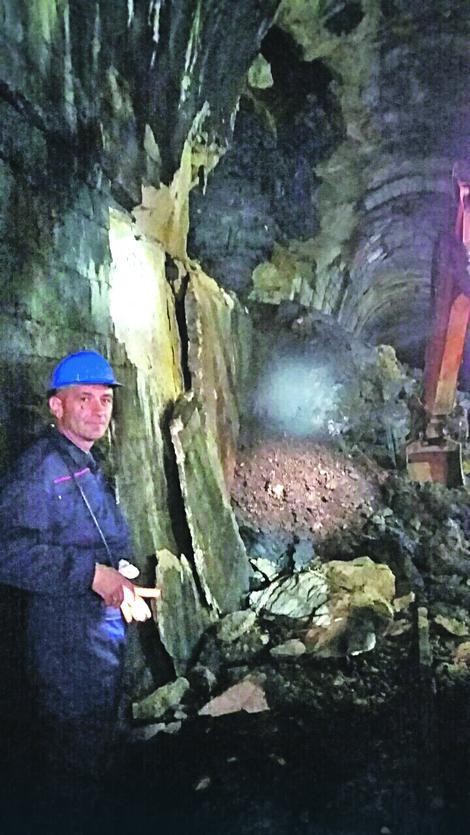 Gromade: Rudari su izvukli više od 60 kubika zemlje i betona