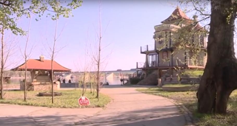 Dvorac Nemanje Buhe