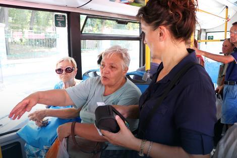 Ko plati kartu, ne mora da brine: Provera u autobusu